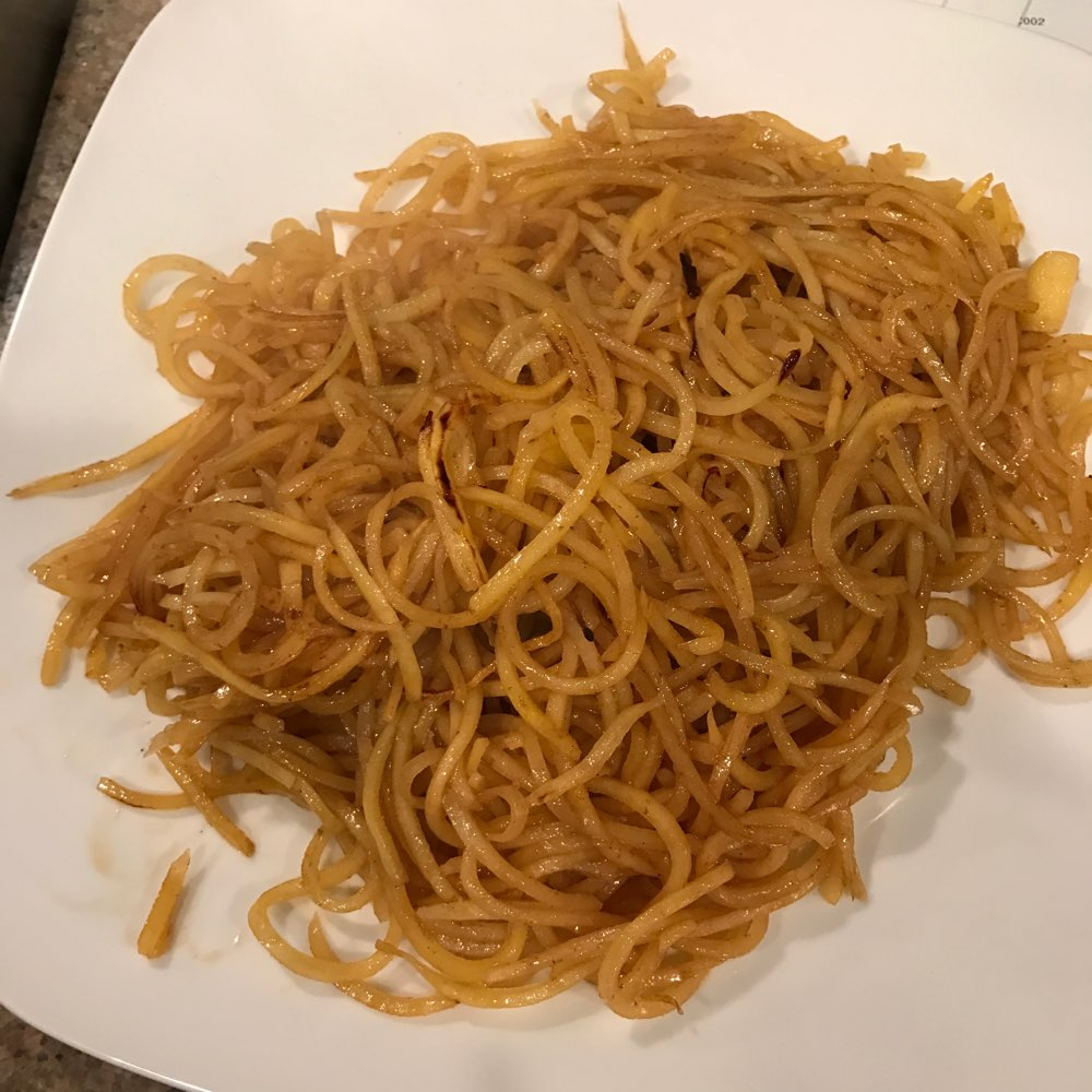 Afterwards with the sauce. Looks like lo-mein